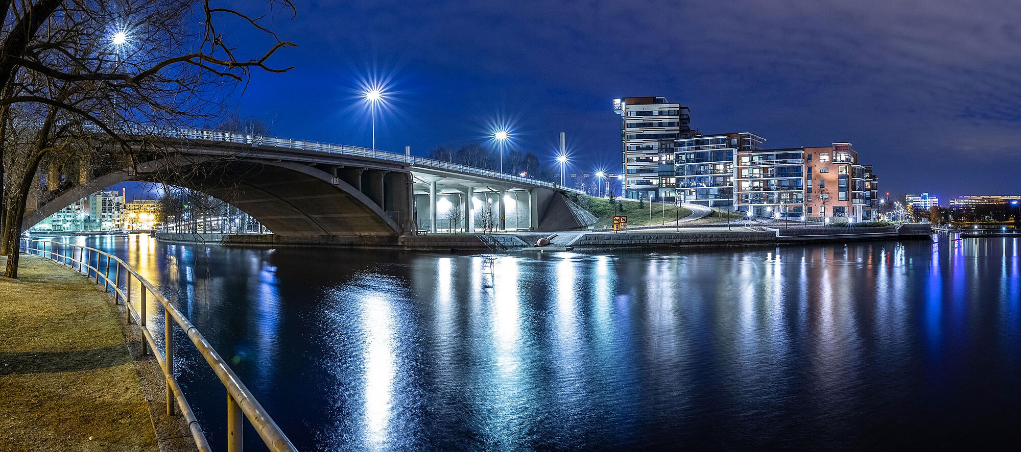 tampere-electricity-night